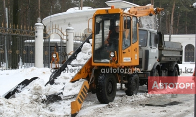 Спецтехника снегоуборщик Амкодор 37 2016 года в городе Астана