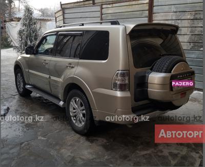 Автомобиль Mitsubishi Pajero 2014 года за 13000000 тг. в Алмате