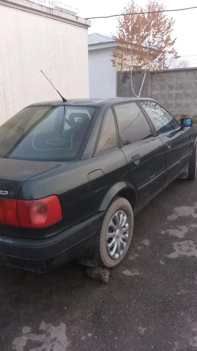Автомобиль Audi 80 1992 года за 800000 тг. в Алмате
