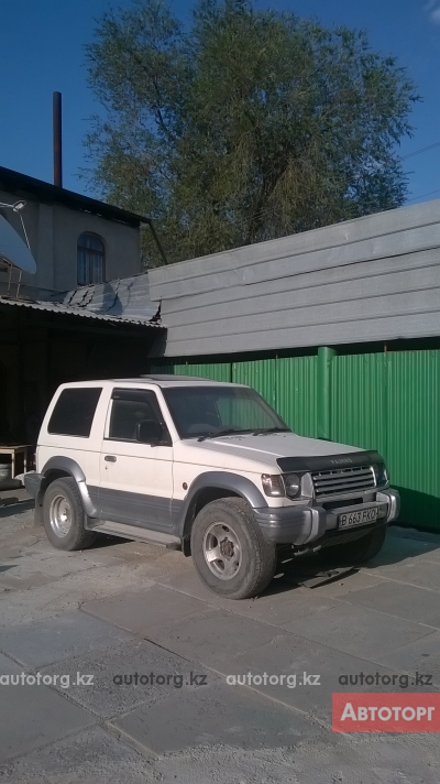 Автомобиль Mitsubishi Pajero 1992 года за 1200000 тг. в Алмате