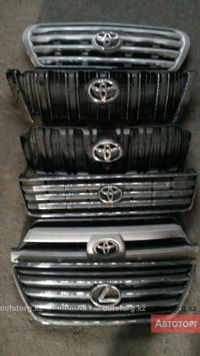 решетка радиатора Toyota Hilux Surf 130 185 в городе Алматы