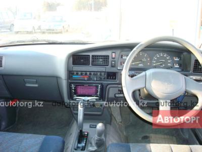 По салону на Toyota L C Prado 150. 120. 95. 90 78.Hilux Surf 215 185 130 в городе Алматы
