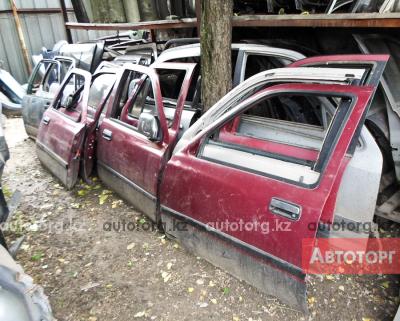 автозапчасти Toyota Hilux Surf 185. 130 в городе Алматы