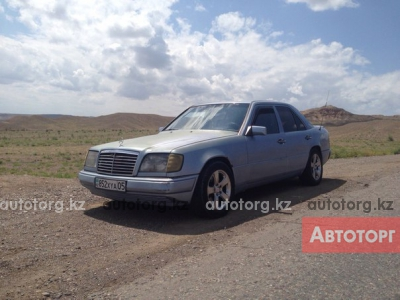 Автомобиль Mercedes-Benz E 260 1991 года за 700000 тг. в Талгаре