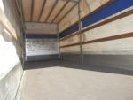 Спецтехника DAF DAF LF55 tarpaulin + tail lift в Актобе