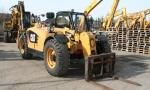 Спецтехника погрузчик Caterpillar TH407 2011 года за 16 527 000 тг. в городе Астана