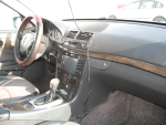 Продажа Mercedes-Benz E 2202004 года за 2 984 200 тг. на Автоторге